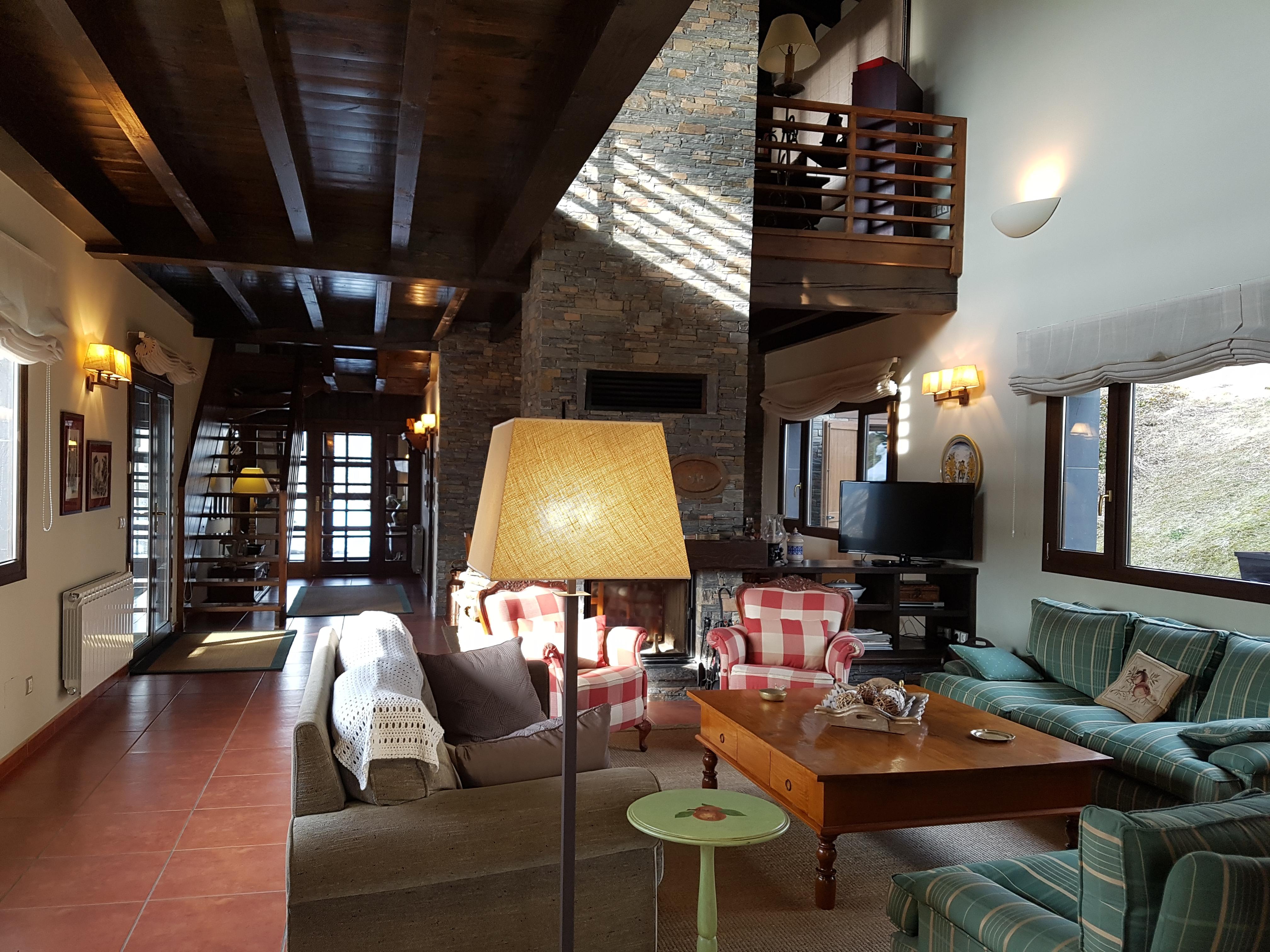 Prats i Sansor, preciosas estancias para una gran familia – Top ...